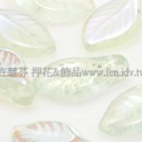 5X10mm捷克楔形葉珠-透明炫彩翠綠-20個
