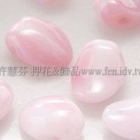 捷克圓花瓣珠6x8mm牛奶草莓漸層色-20個