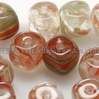 捷克方形珠5mm水草條紋-翠綠-西瓜紅漸層混合-20個