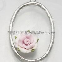 粉紅薔薇橢圓連接墜飾