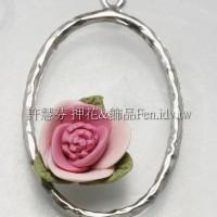 桃色玫瑰橢圓連接墜飾