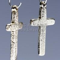 單孔立體十字架-13x26mm-2個