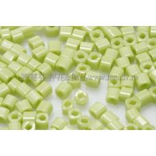 1.5mm方管日本珠-不透明蘋果綠色-5g