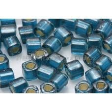 4mm方管日本珠藍綠色內鑲銀色--10g