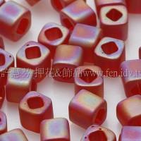 3mm方管日本珠霧面彩虹光紅葡萄酒色--10g