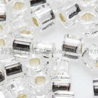 3mm方管日本珠水晶內鑲銀色--10g