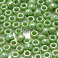 2mm日本珠珍珠光-草綠色--10g