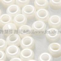 3mm日本珠不透明珠光米白色--10g