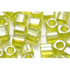 4mm方管日本珠珠光七彩草綠色--10g