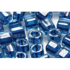 4mm方管日本珠玻璃寶石藍色--10g
