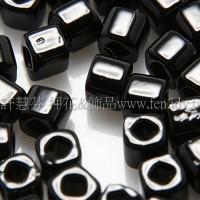 3mm方管日本珠黑色--10g