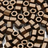 2mm短管日本珠茶咖啡色-10g